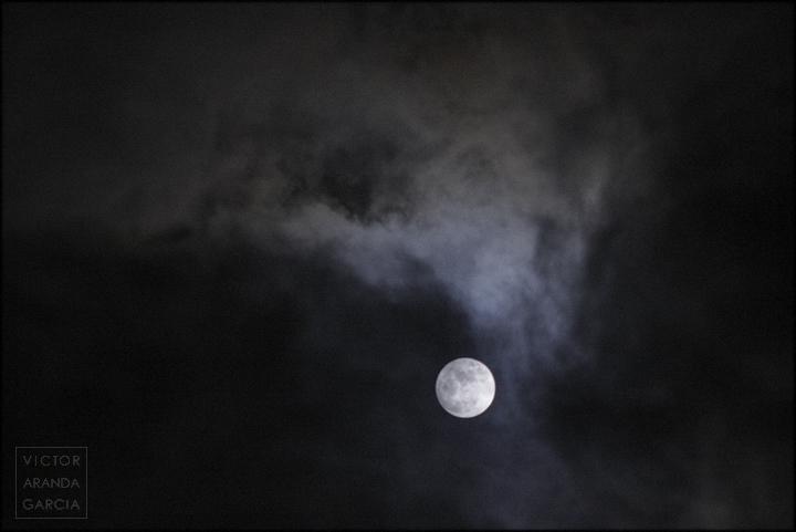 fotografia,luna,nubes,noche