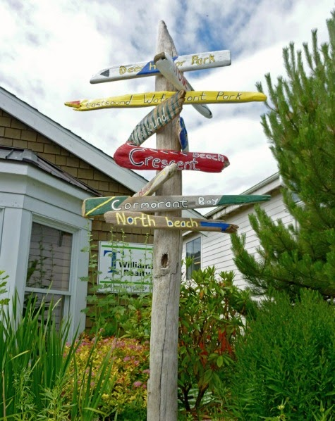 driftwood garden stake sign idea