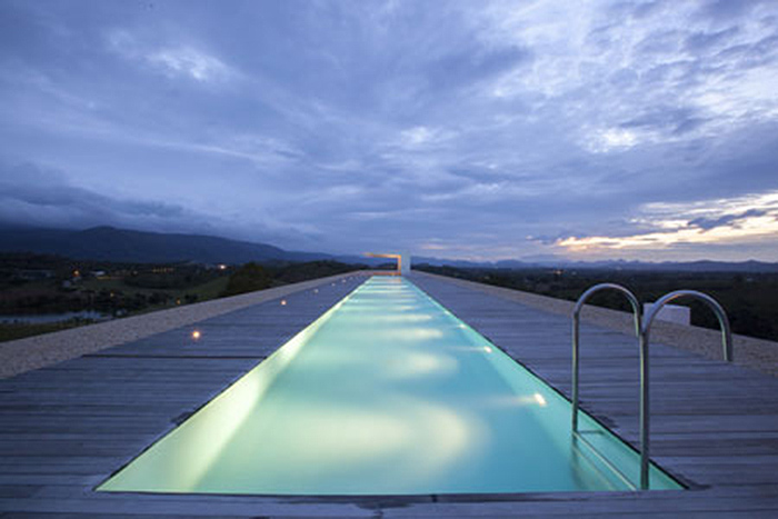 If it 39 s hip it 39 s here archives the longest house ever - Longest swimming pool in the world ...