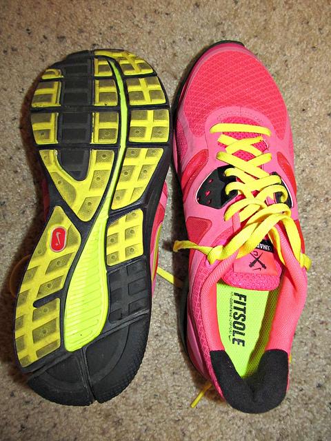 Nike Womens Lunarglide V Shield Black Pink Leopard Running Shoes