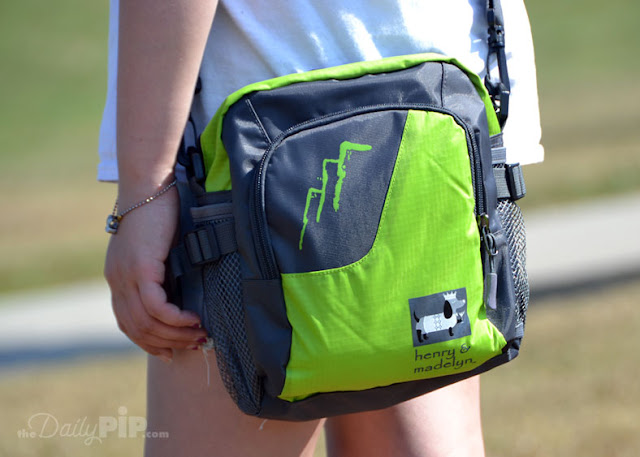 The Fido To Go Bag Set is the go-to bag for active dogs