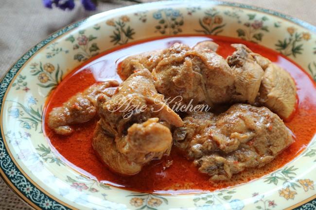 Gulai Ayam Kelantan Azie Kitchen