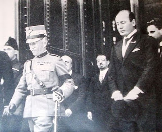 The king with Mussolini in Rome in 1923
