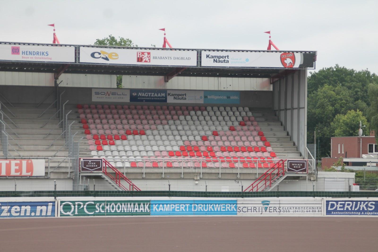 Derijks Kantoorinrichting Supplies.Frans Heesen Stadion Sponsorhome