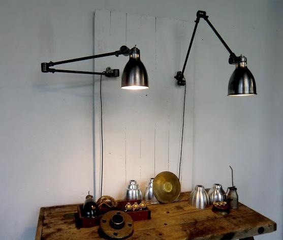 wo and w collection paire de lampe murale d 39 atelier articul sanfil. Black Bedroom Furniture Sets. Home Design Ideas