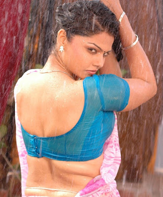 Most Beautyfull Sexy Wet Girl