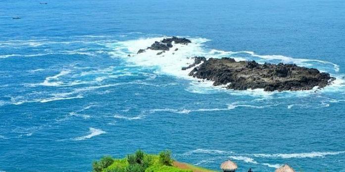 Pantai Menganti, Pantai ala New Zealand Di Selatan Jawa Tengah