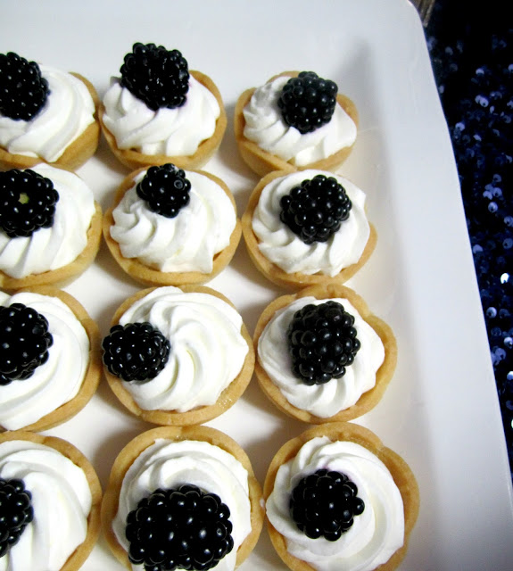 Shane Co Sapphire Event Dessert