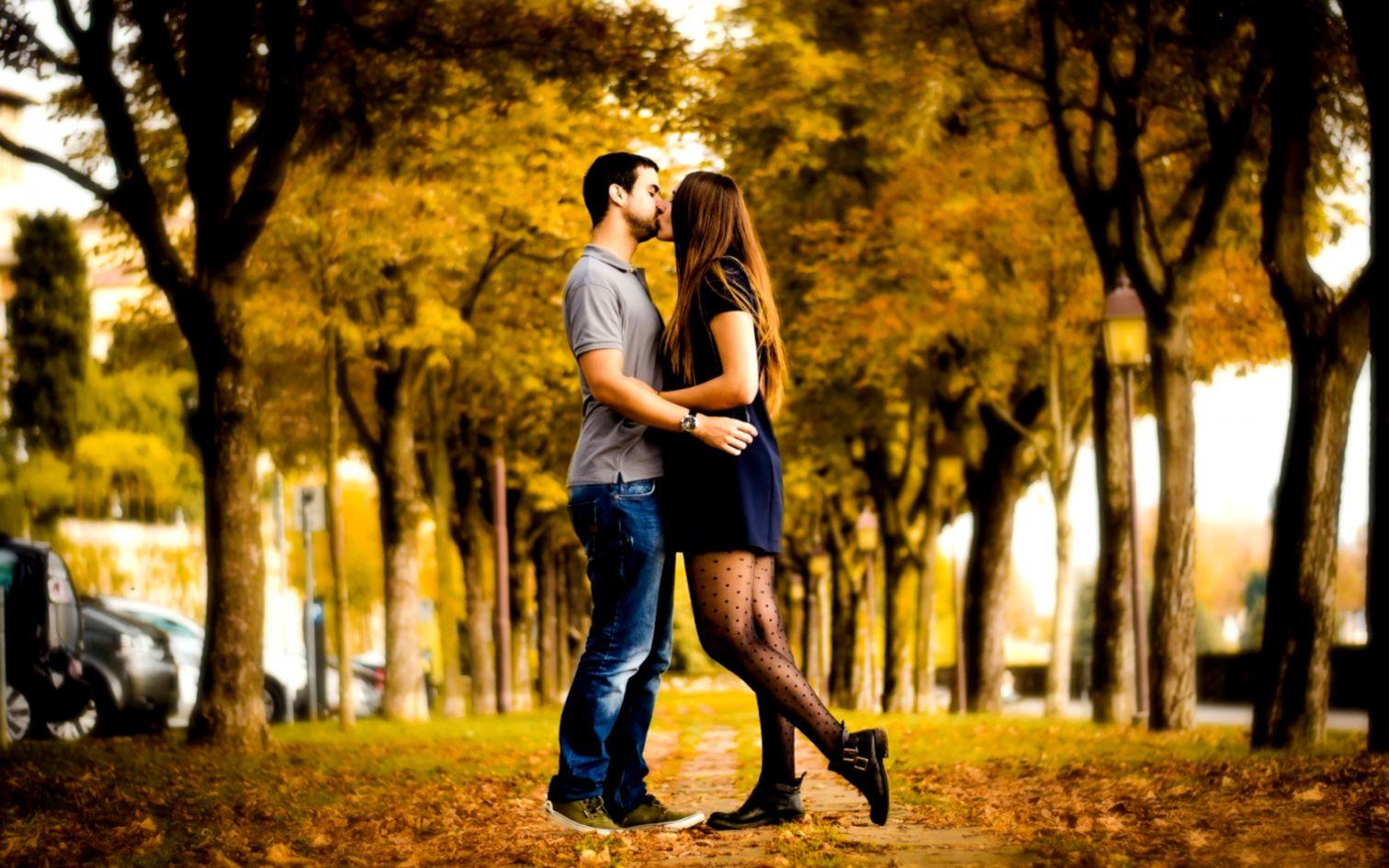 Couple Boy Girl Kiss Love Hd Wallpaper Opera Wallpapers