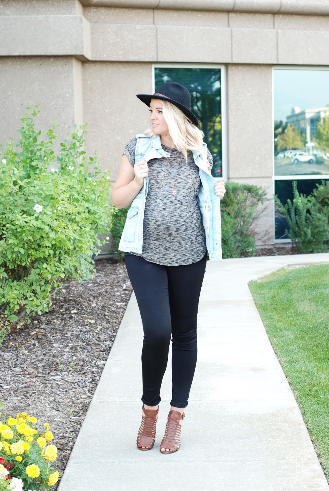 Fall Maternity Outfit, Nordstrom, Modest Fashion