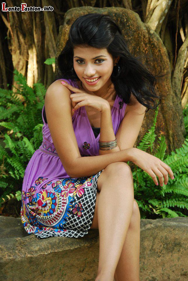 Ruchini Tanasha Hatharasingha New Photos | Beauty pussy girl