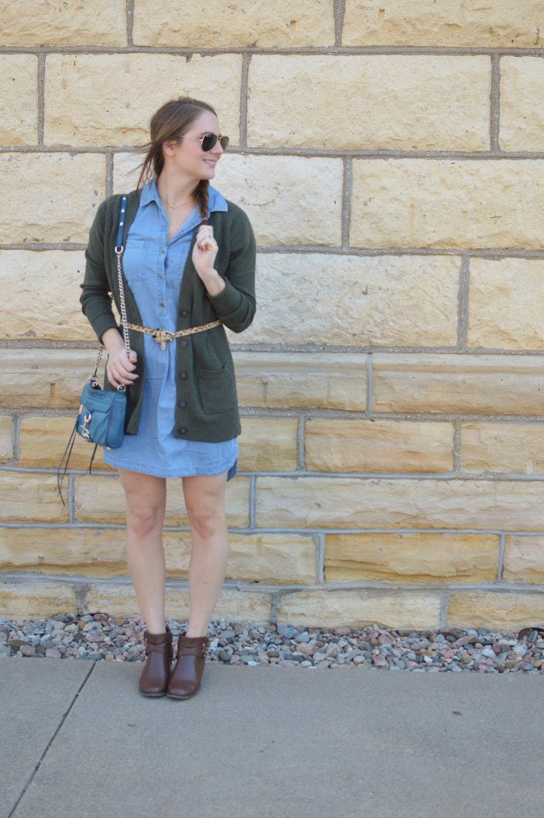 green sweater belted over chambray dress | fall outfit ideas | what to wear this fall