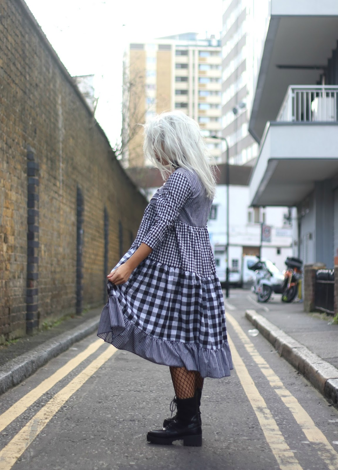 HOW TO WEAR GINGHAM