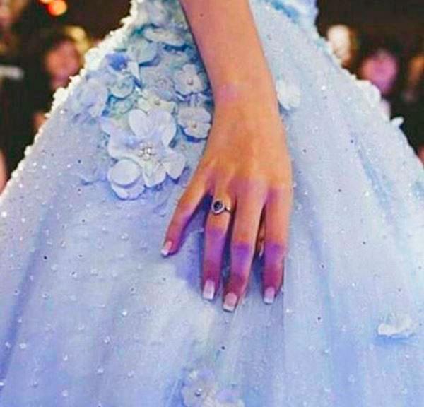Giovanna Chaves, anel de debutante