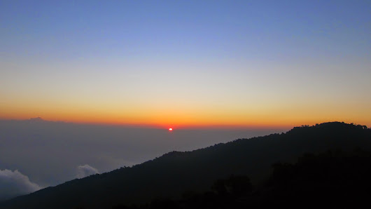 An Unforgettable Trip to Tiger Hills, Darjeeling!