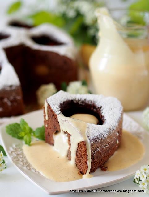 ciasto z calymi jablkami, jablka grojeckie, dobre bo polskie, deser, moje wypieki, tak smakuje piekno, ciasto na niedziele, domowe ciasto, najlepszy przepis, jablka, placek z jablkami