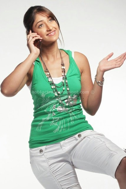 Actress ileana latest hot photoshoot pics