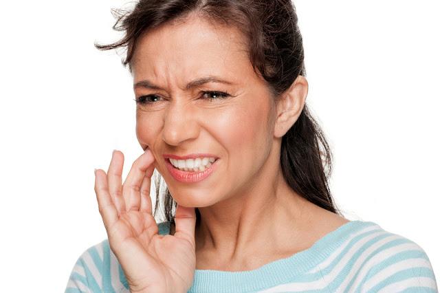 Tips dan Cara Mengobati Sakit Gigi Berlubang