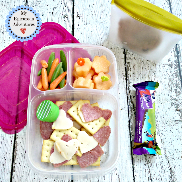 My Epicurean Adventures: Cutesy Cheese and Cracker Lunchables in @Easylunchboxes . Lunch box ideas, school lunch ideas, lunches.