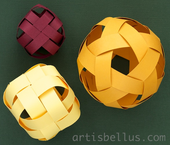 How To: Origami Soccer Ball Size 2 (Black-White) - Published on ... | 500x589