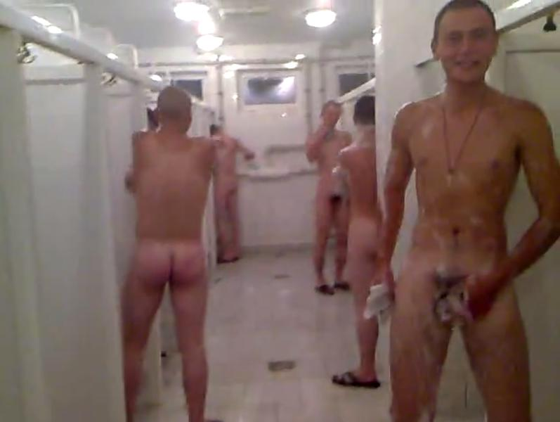 Guys-Naked-Together Army Showers-2863