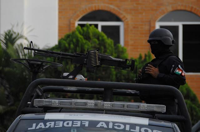 """""""Mira güey no te metas en esto""""; Federales amenazan a Policias Estatales"""