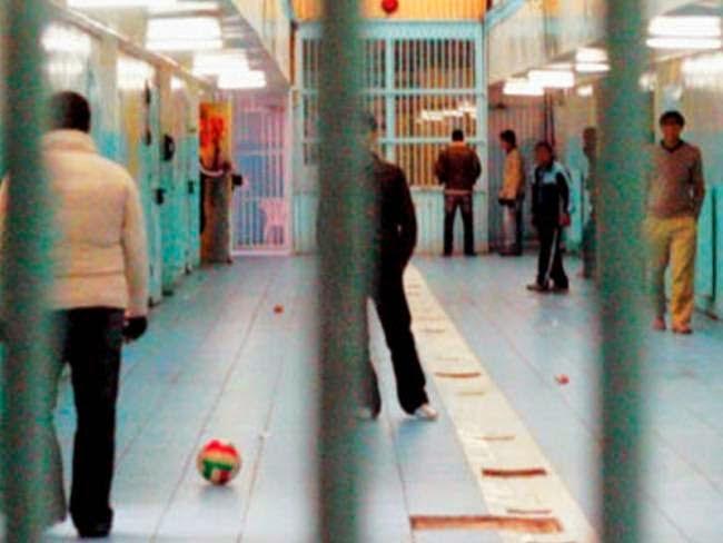 Γλυτώνουν τη φυλακή 3.500.000 πολίτες