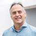 Lucélio defende modelo administrativo descentralizado e gestão humanizada