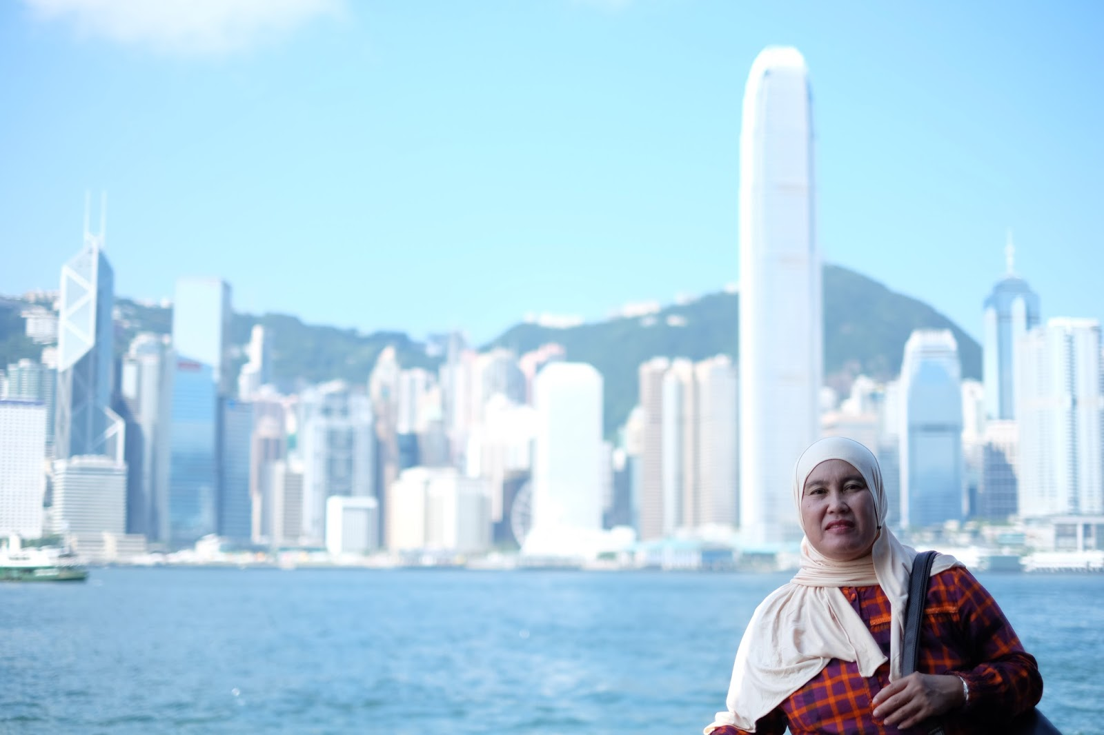 Graduation Trip Surprise Holiday for Mama to Singapore and Hong Kong tsim sha tsui promenade