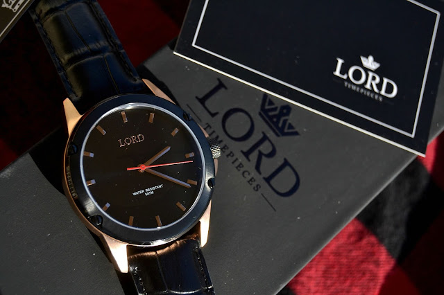 http://www.syriouslyinfashion.com/2016/12/lord-timepieces-bolt-black-rose-special.html
