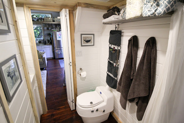 the urban cedar cabin bathroom