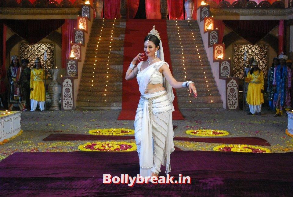 , Divyanka Tripathi Pics as apsara in Zee Tv's Ramayan