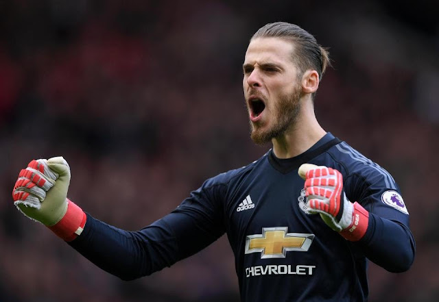 Manchester United agree new contract with goalkeeper David De Gea