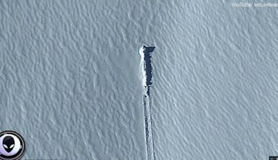 Pesawat alien di antartika