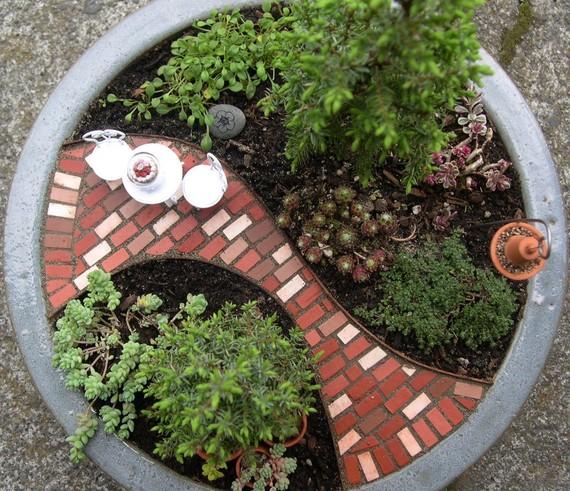 Backyard Patch Herbal Blog: Celebrate In Miniature