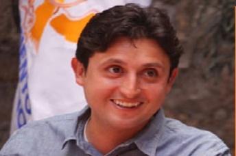 José Juan Espinosa buscará candidatura