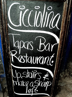 Bar Cicciolina, no Caminho de  Volta do Palacio Nazarenas