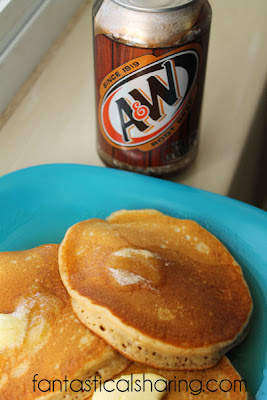 Root Beer Pancakes | Sweet, fluffy pancakes that taste like a root beer float in breakfast form.