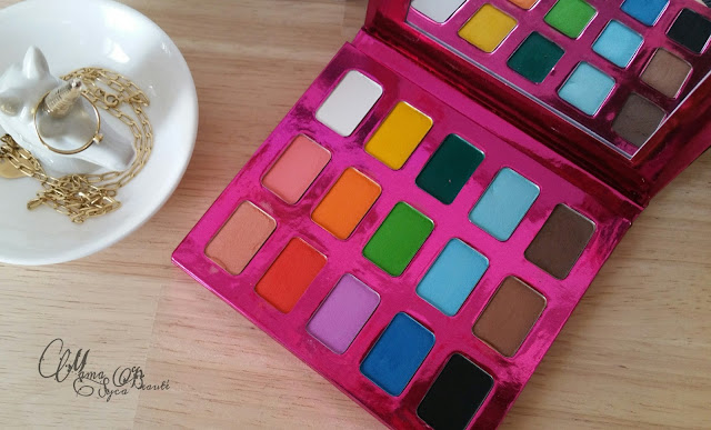 avis-palette-15-couleur-pb-cosmetics-swtach-make-up