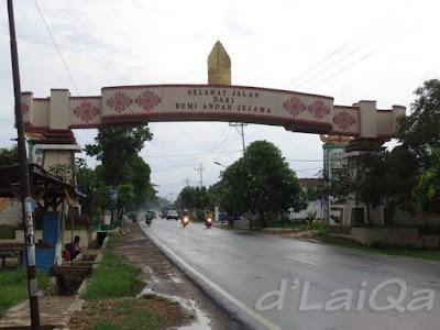 batas antara Kabupaten Pesawaran dengan Kabupaten Pringsewu