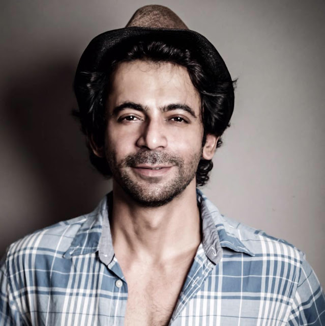 sunil grover age, movies and tv shows, family, father, comedy, in baaghi, upcoming movies, car, kapil sharma and sunil grover, married, new car, relation, show, in comedy nights