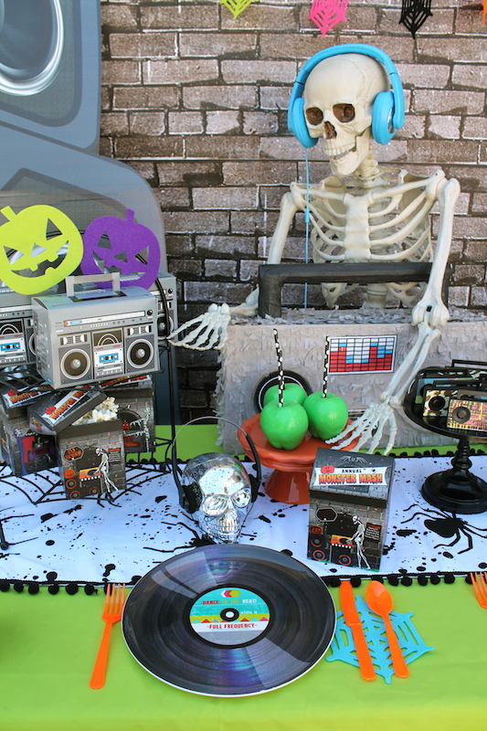 i hope you enjoyed our easy tips and party ideas for a halloween party spooky never looked so cool