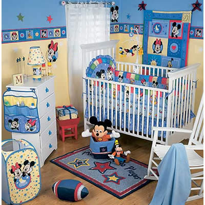 chambre mickey mouse id es d co moderne. Black Bedroom Furniture Sets. Home Design Ideas