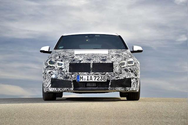 El BMW Serie 1 2020 se quita la sábana antes de tiempo