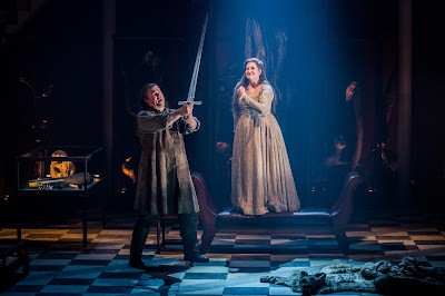 Bryan Register (Siegmund), Claire Rutter (Sieglinde) in Wagner's Die Walküre at Grange Park Opera (photo Robert Workman)