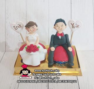 Cupcake Kado Pernikahan Isi 2 Hias Fondant 3d