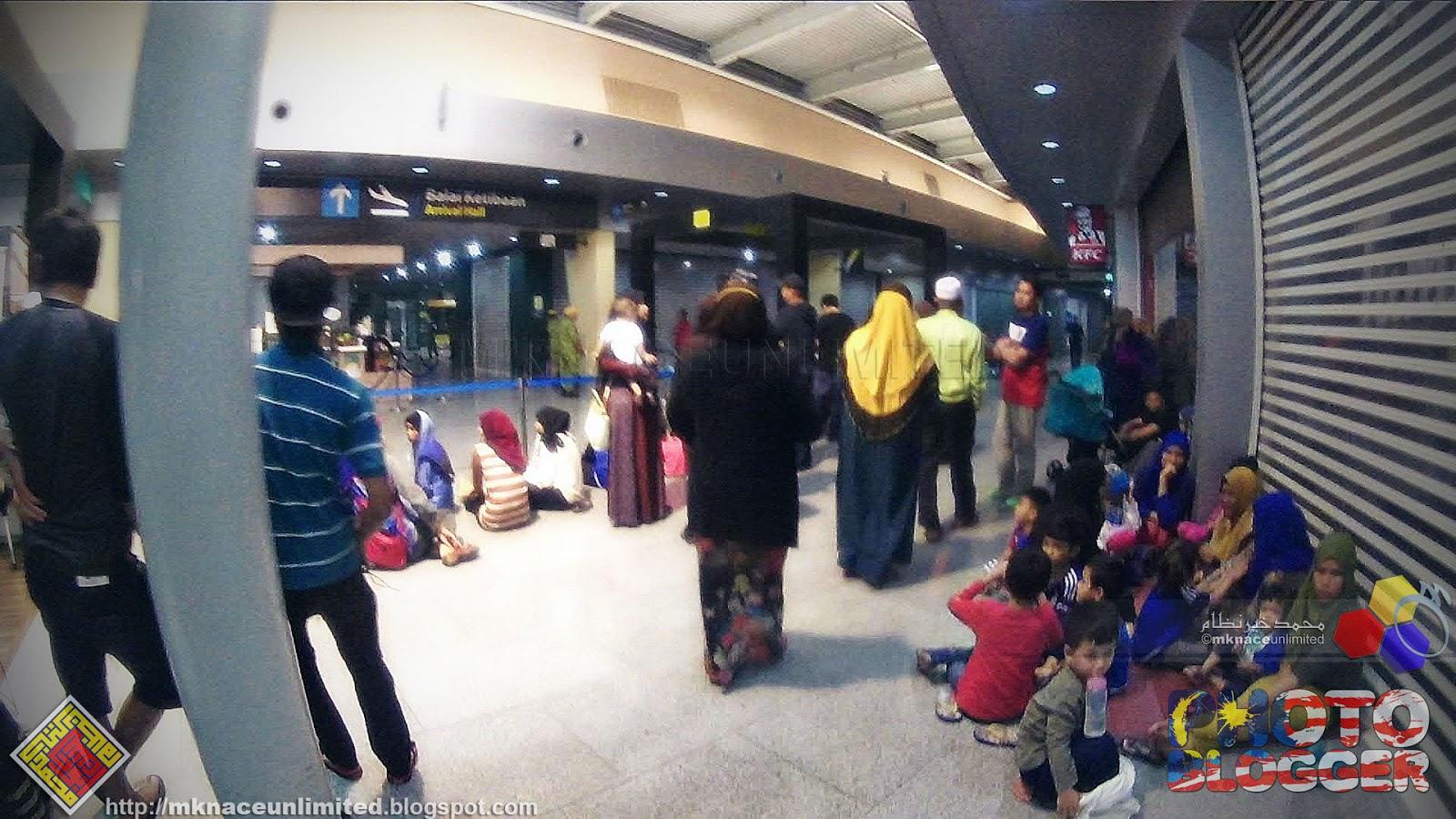 Selamat tiba ke tanahair Haji Roslan dan Hajjah Halijah  2b81e77573