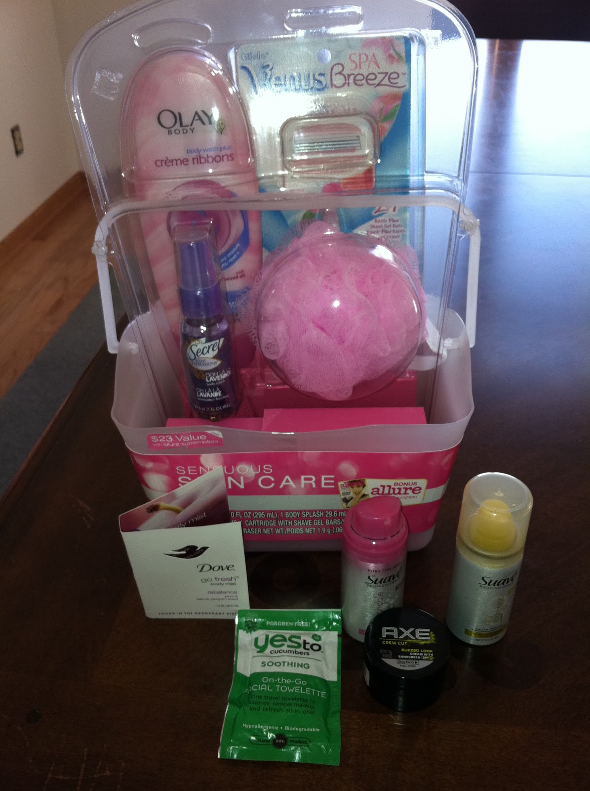 Short Little Mama's: Free Stuff in the Mail!