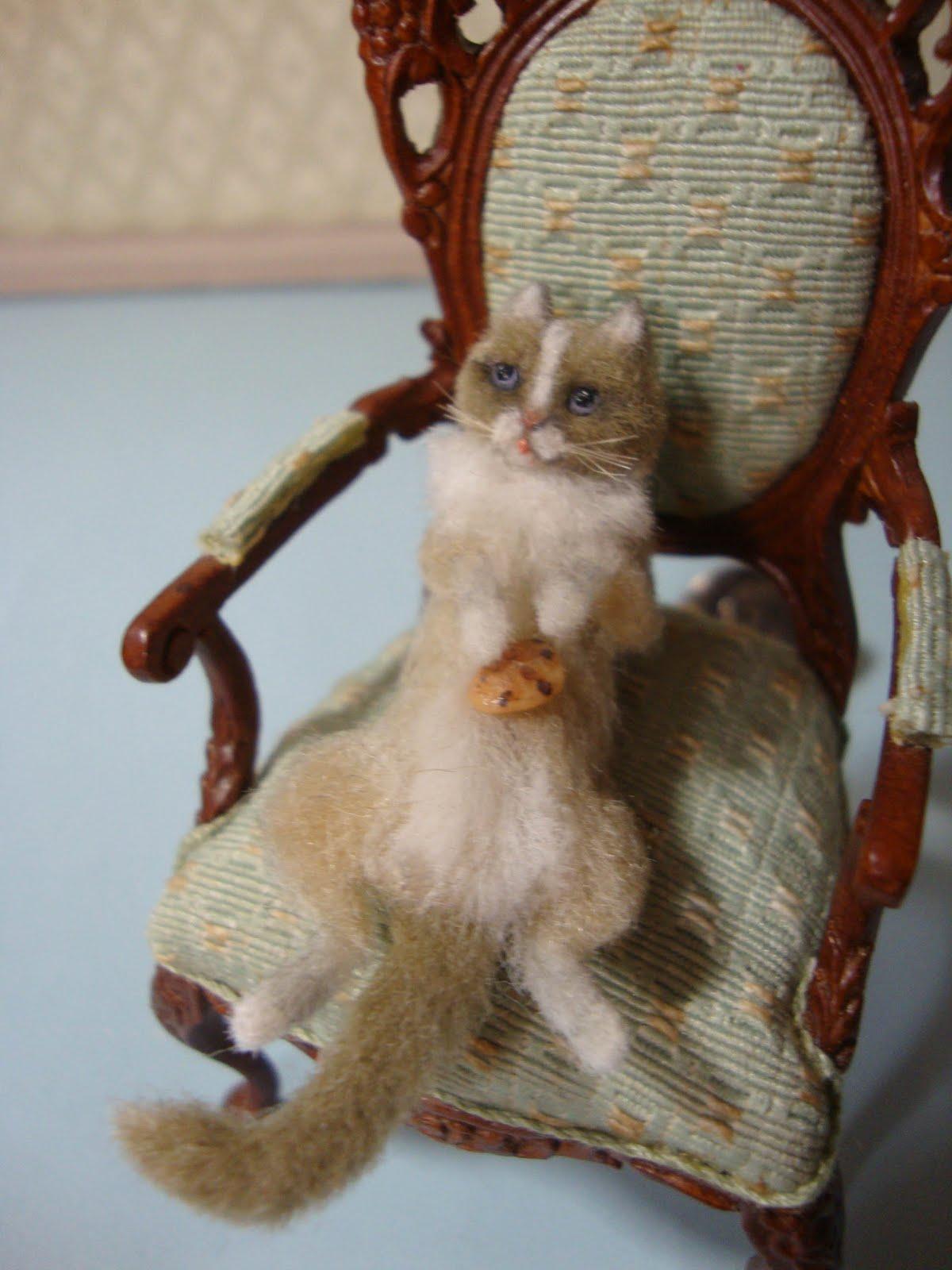 Bridget McCarty's Plush Pets 1:12: Miniature Cats & Pets