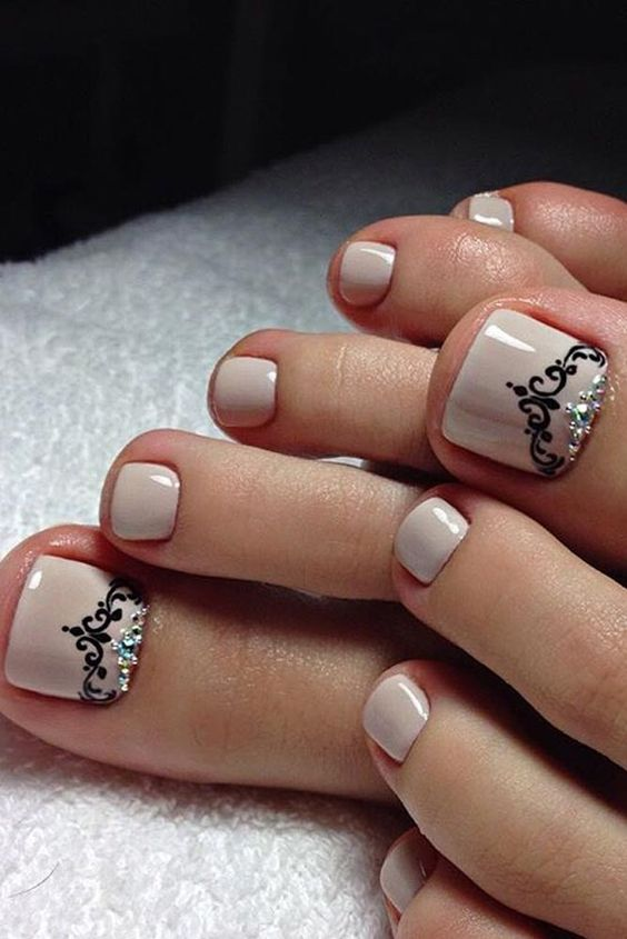 Amazing Toe Nail Designs